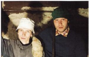 3Taago Tubin ja Gaute Kivistik Theatrumi tulevase saali ehitustöödel 1994_net
